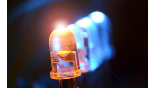 半导体发光器件包括半导体发光二极管