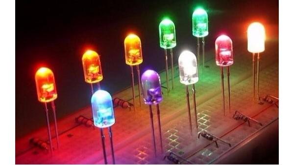 发光二极管是一种常用的发光器件
