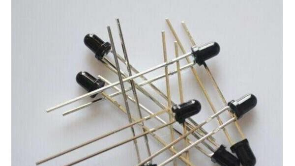 光电二极管和红外对管的区别及工作原理
