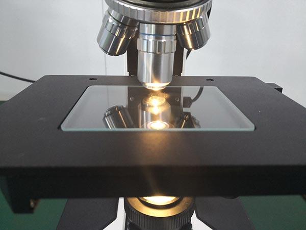 光亮测试仪器