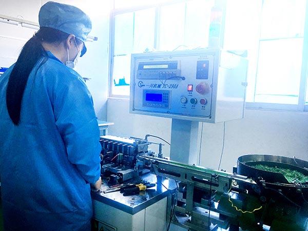 东颖光电-工厂设备