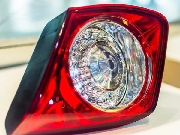 东颖贴片LED灯珠汽车电子案例