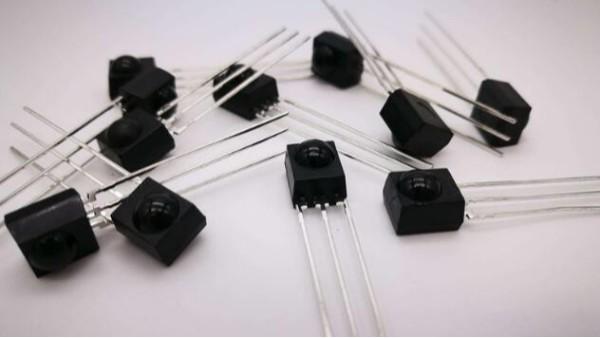 光敏接收管与光敏二极管工作原理详解